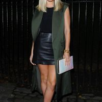 Style your leather skirt