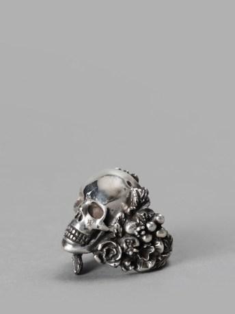 ugo cacciatori skull ring