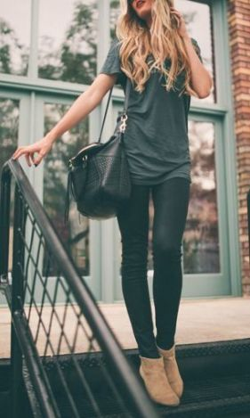 fall-fashion-monochrome-gray-booties