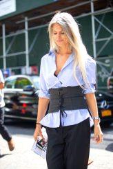 sarah-harris-how-to-wear-corset
