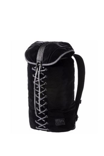 lace-up-backpack