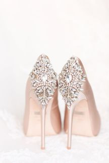noteycome wedding heels