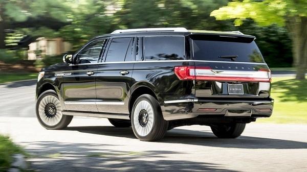 2018 Lincoln Navigator Black