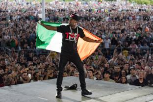 Floyd Mayweather and Irish Flag