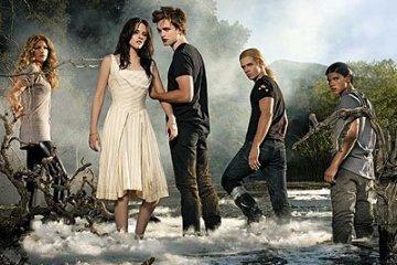 Twilight-4-Breaking-Dawn-Movie-Poster