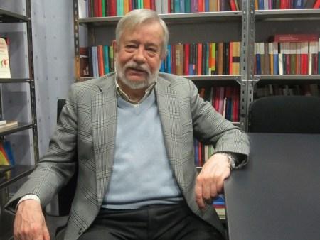 José M. Guelbenzu - Los poderosos lo quieren todo