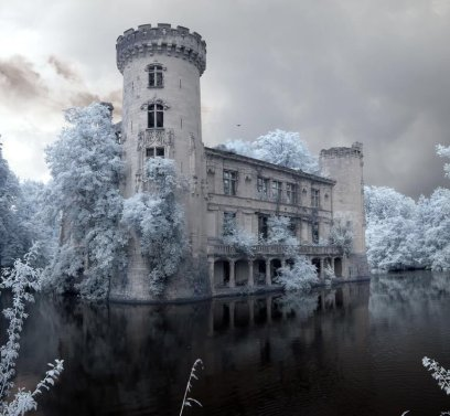 Château de la Mothe-Chandeniers Opustený zámok