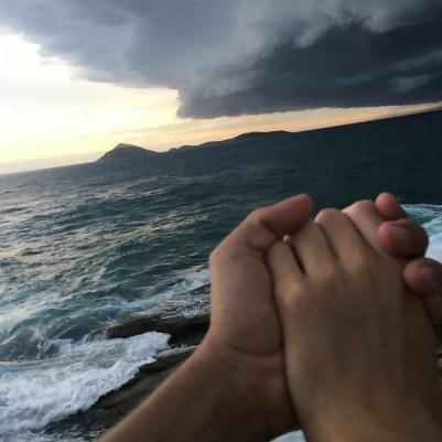 1 drzanie za ruku Prosím drž mi ruku navždy