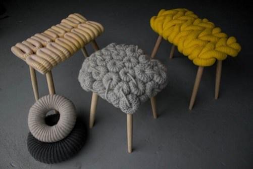 9. Výšivky a pletenie