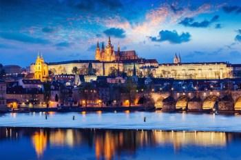 Pražský hrad Najväčší hrad na svete 10 najväčšie hrady na svete