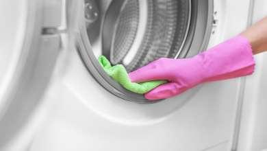 ako sa zbaviť smradu práčky