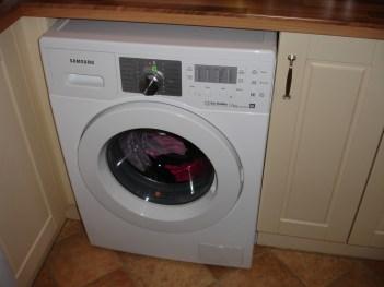 Prečo pračka smrdí