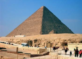 Chufuova pyramída najväčšia pyramída na svete