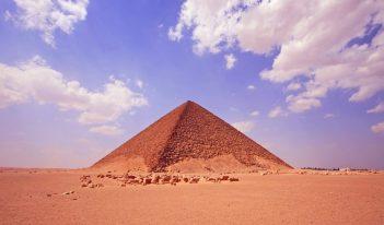 Červená pyramída Najväčšia pyramída