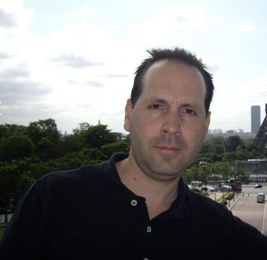 Luis Miguel Iglesias - 90Mania en Topdisco Radio. El sonido eurodance de los 90's. Cada miercoles de 21,45 a 22 horas