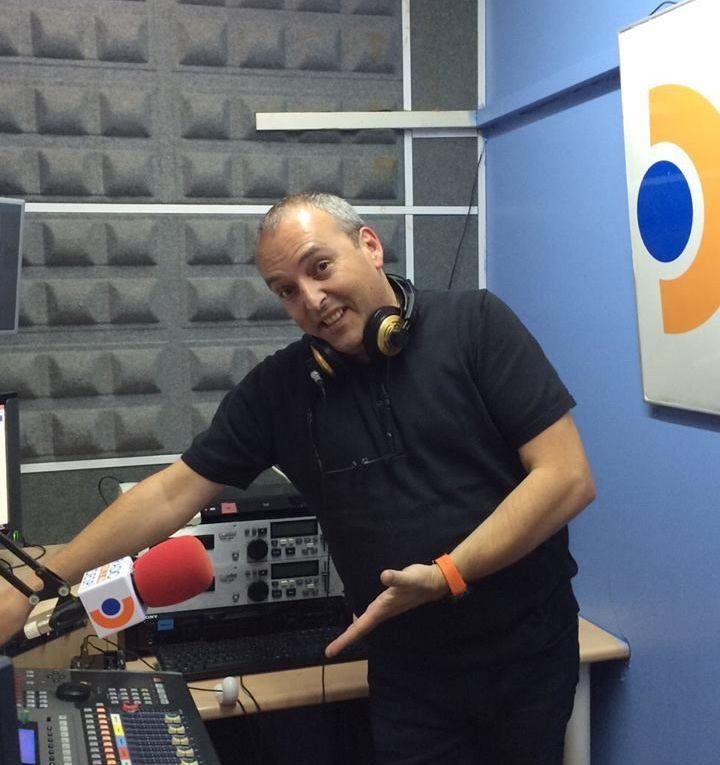 Todos los martes de 20 a 21 Horas desde Radio Despi , os invitamos a un viaje en el tiempo con el Delorean a la decada de los 80's, la mejor musica en vinilo y maxi single presentado por Xavi Tobaja.