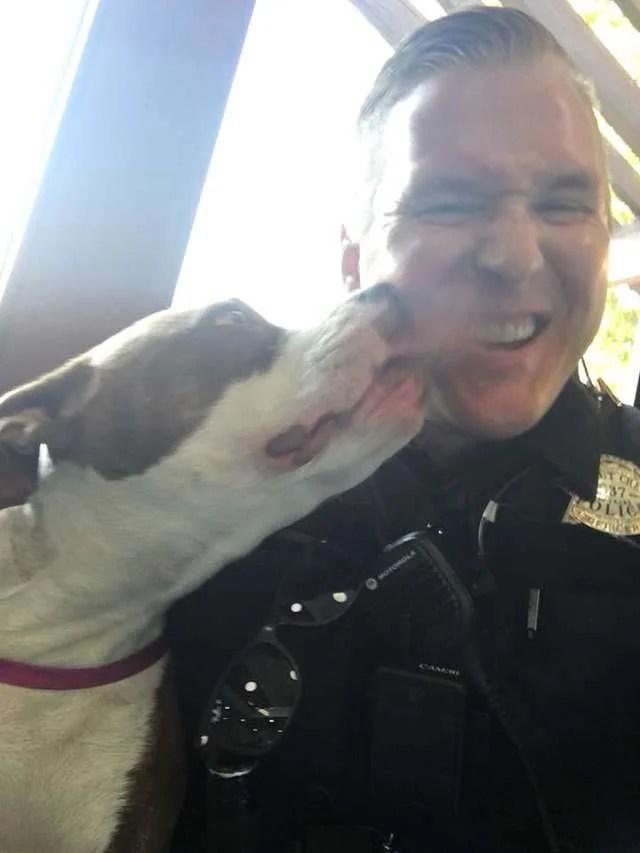 Lost dog thanks police officer