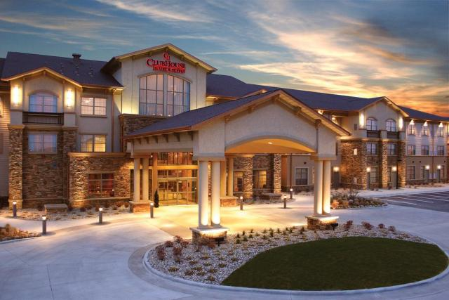 ClubHouse Hotel Sioux Falls