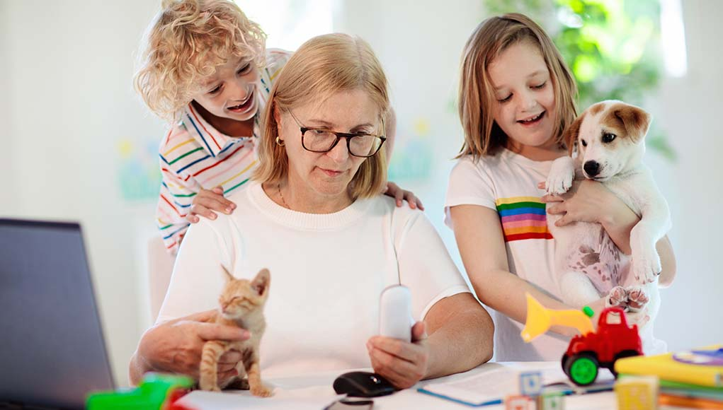7 Tips for Managing a Multi-pet Household with Kids