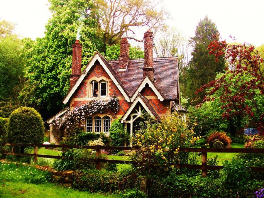 15 Dreamy Cottage Designs