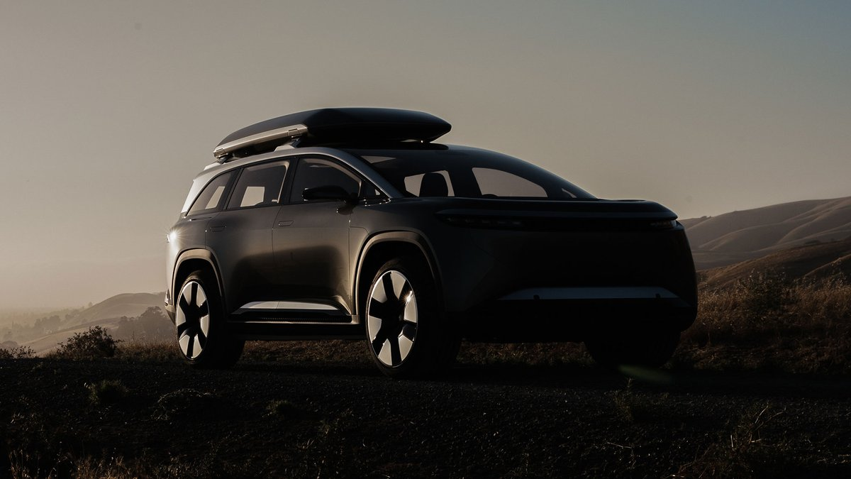 2023 Lucid Gravity electric SUV leaks out in patent images