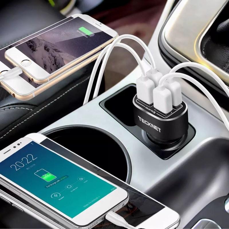 Utilizzo del caricabatteria da auto rapido TECKNET