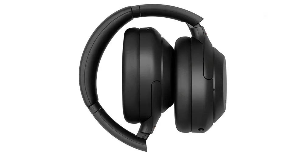 Auriculares Sony WH1000XM4 plegados