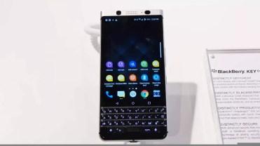 Frontal BlackBerry KEYone