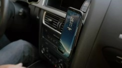 Uso Mophie Charge Force Case con adaptador coche
