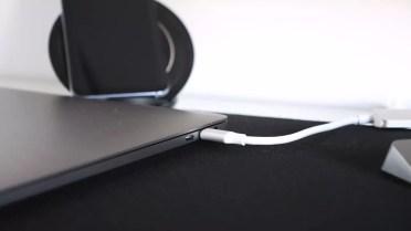Coenxión USB del Apple MacBook Pro