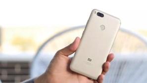 Xiaomi Mi 5X en mano