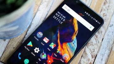 Imagen frontal del OnePlus 5T