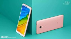 Xiaomi Redmi 5 con fondo verde
