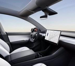 Panel interior del Tesla Model Y