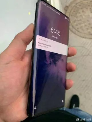OnePlus 7 Pro lateral