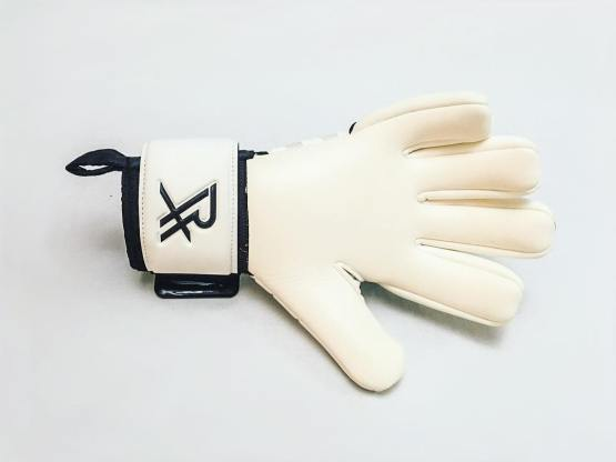 Goalkeeper Glove Latex Types Explained (GK Grip Guide)