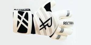 Goalkeeper Glove Cuts Explained -- What's The Best Type? (Contact, Giga, Flat Palm, German, Hybrid)