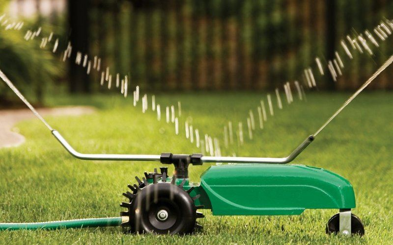 best travelling lawn sprinkler