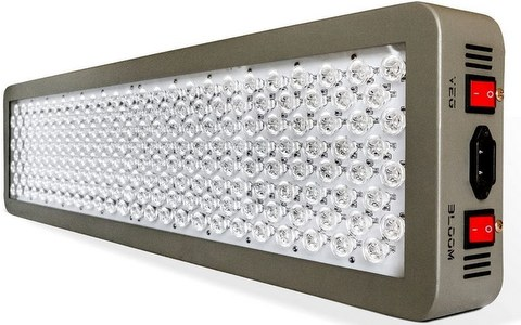 Advanced Platinum Series grow light for cannabis