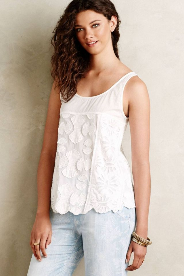 Coquillage Lace Shell by KAS New York