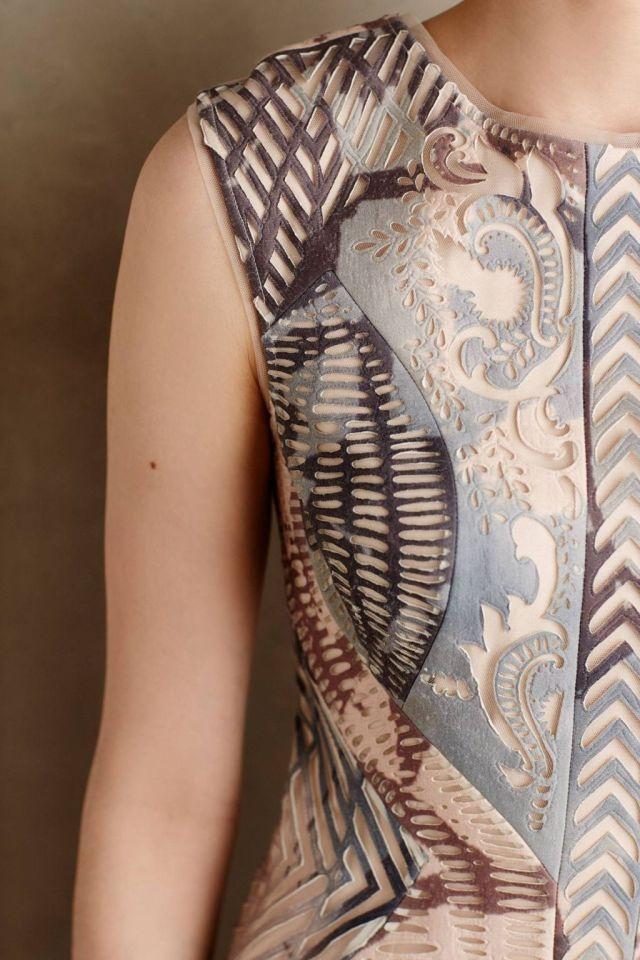 Isidora Maxi Dress Lasercut detail