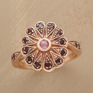 Anik Kastan Vintage Rose Ring