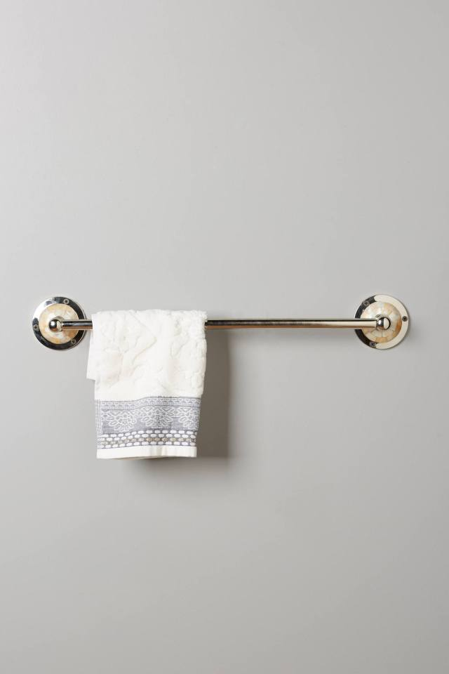 Candescent Towel Bar