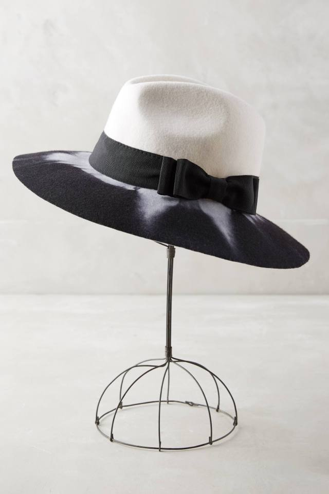 Blanc et Noir Rancher by Helene Berman London