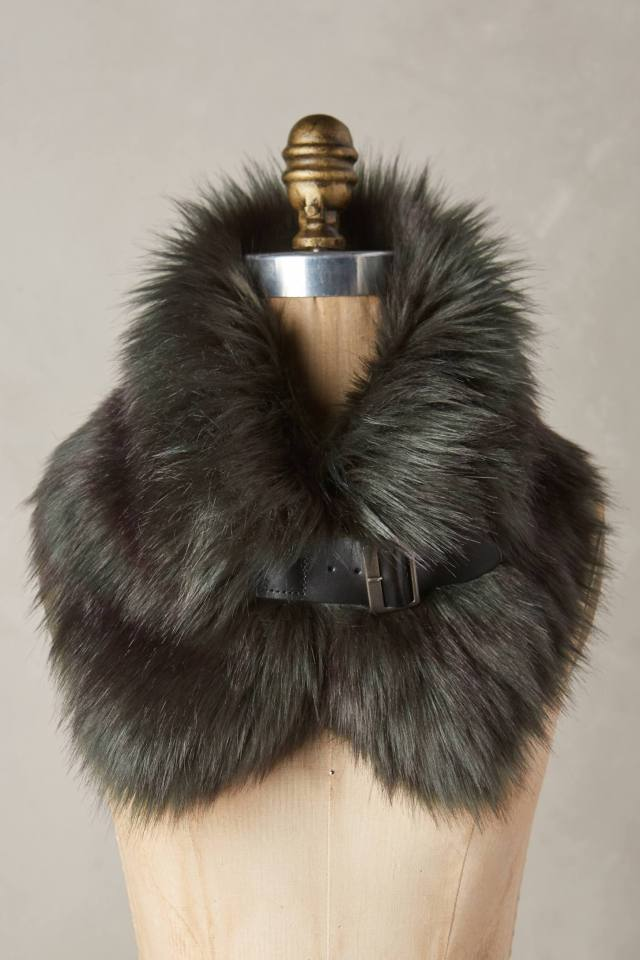 Turia Faux-Fur Collar by Helen Moore
