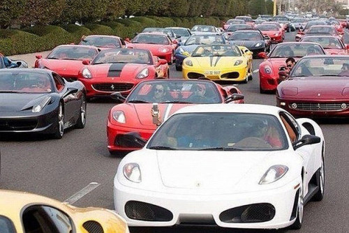 Supercar traffic jams-buzzfed.com