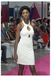 Kaah Souza para Casa da Moda