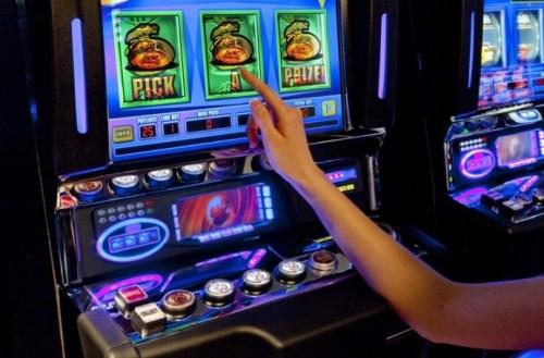 Скачать игровые автоматы на мобилу бесплатно карты дурак играть скачать бесплатно