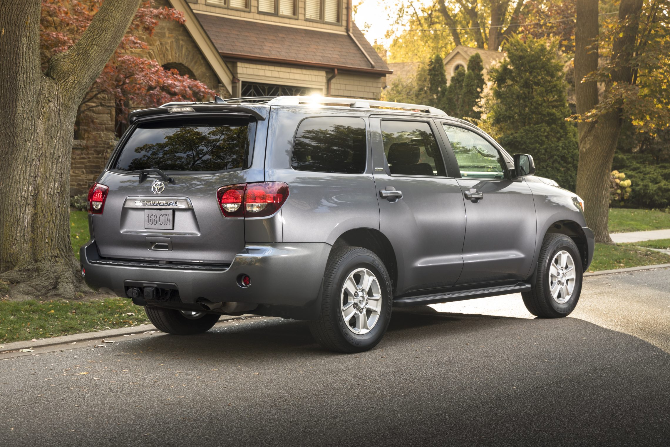 toyota sequoia drive news watch reviews test chicago platinum review
