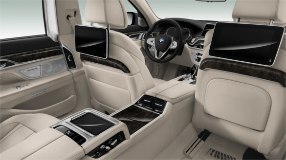 2017 BMW 750i xDrive Interior